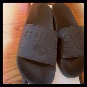 Gucci Black Pool Slides Sz 41 Unisex